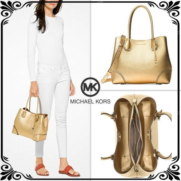 7fae8d8f82e69c Michael Kors Bags | Mercer Medium Leather Tote In Gold | Poshmark
